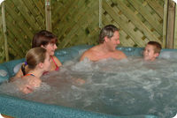 HOT TUB FAMILY