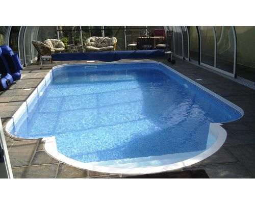 Kafko Polymer panel pool with 8ft Roman end