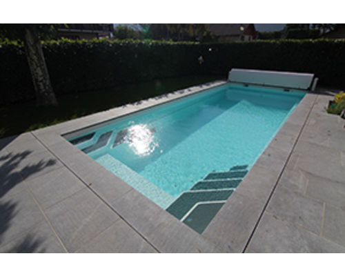 Luxe Pools - One piece GRP Pool Kits